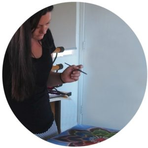 claire painting mandala round frame for web